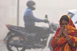 Нью-Дели вторую неделю задыхается от смога