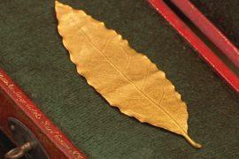 Золотой лист из лаврового венка Наполеона уйдёт с молотка