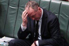 Австралийские законодатели увольняются из-за двойного гражданства