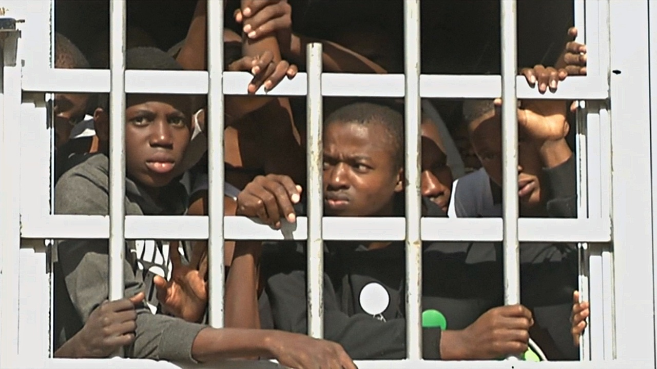 Лидеры ЕС, ООН и Африки разработали экстренный план помощи мигрантам в Ливии