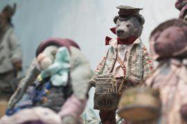 Тедди из Гонконга и Екатеринбурга на выставке игрушек в Москве