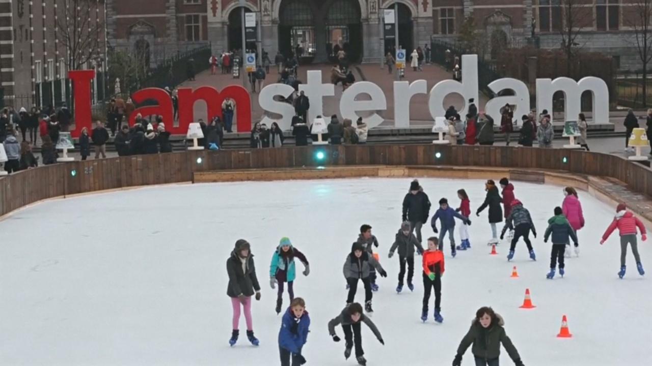 Амстердам всё популярнее, но местным жителям это не нравится