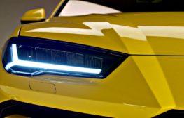 Первый кроссовер Lamborghini показали в серийной версии