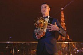 Криштиану Роналду в 5-й раз выиграл «Золотой мяч» и сравнялся с Лионелем Месси
