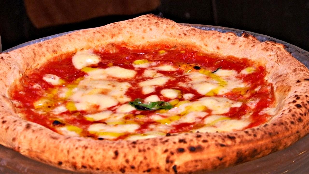 Приготовление неаполитанской пиццы внесли в список ЮНЕСКО