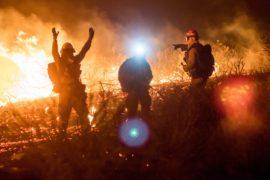 200 тысяч человек эвакуировались из-за пожаров в Южной Калифорнии