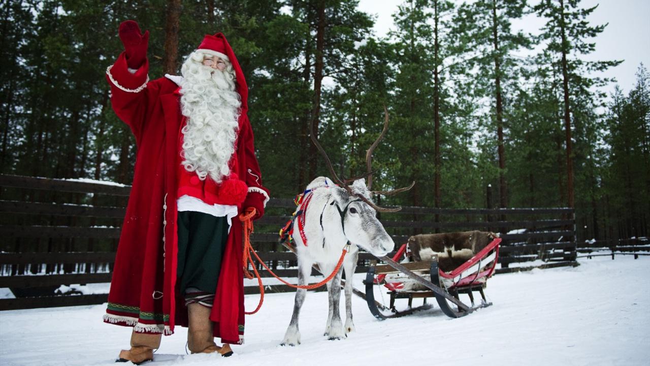 Санта-Клаус пожелал всем детям провести Рождество с близкими