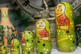 Индийские производители деревянных игрушек надеются выжить