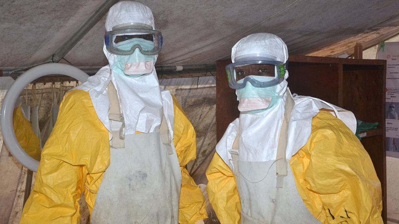 Двое переживших Эболу подали в суд на власти Сьерра-Леоне