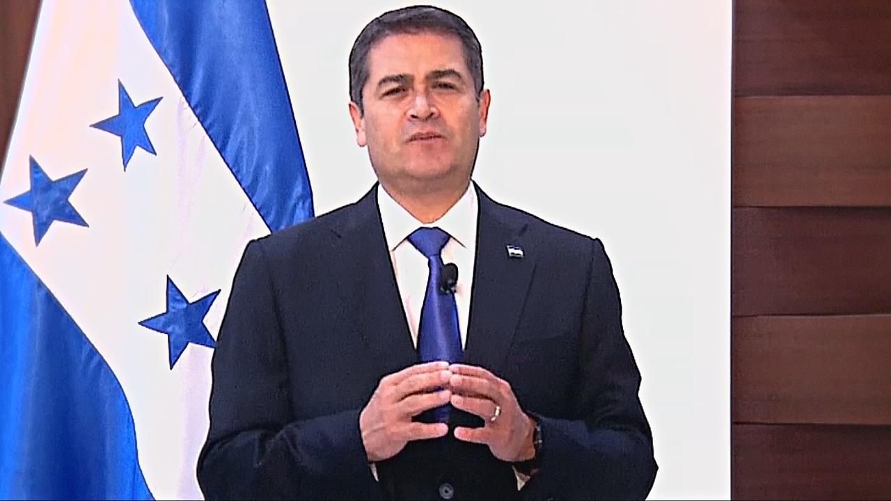 Президент Гондураса объявил о своём переизбрании на фоне протестов