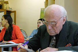 90-летний пермич учится в университете на географа