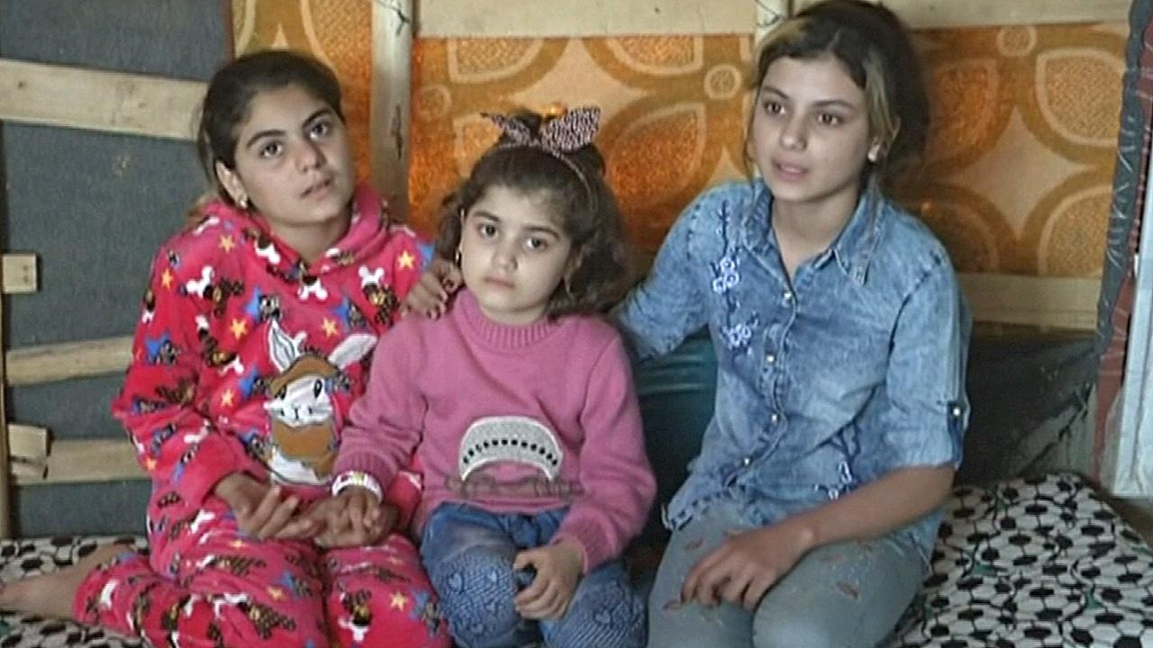 Сёстры-езидки воссоединились после трёх лет в плену ИГИЛ