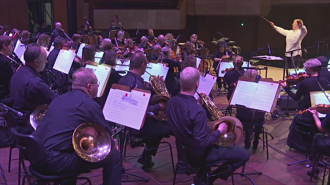 Симфонические оркестры при компаниях помогают укрепить координацию
