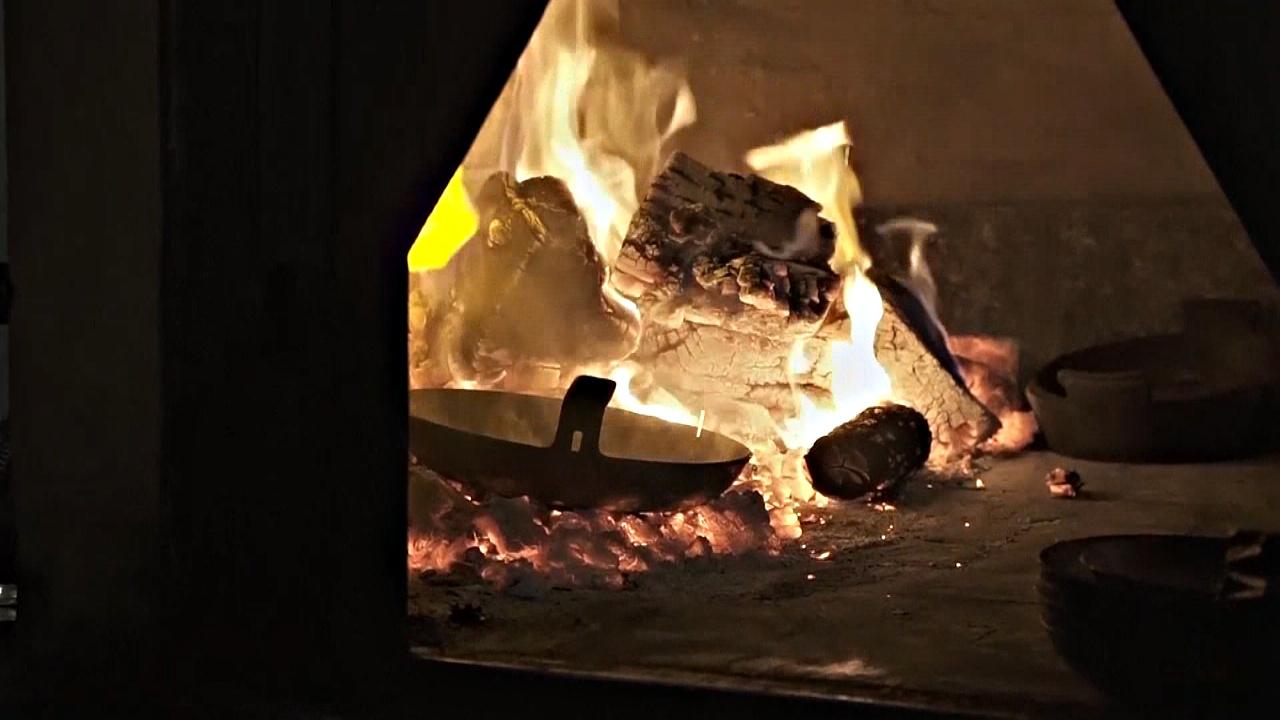 Аргентинцы по-новому открывают для себя печи на дровах