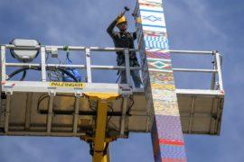 В Тель-Авиве построили 36-метровую башню из Lego