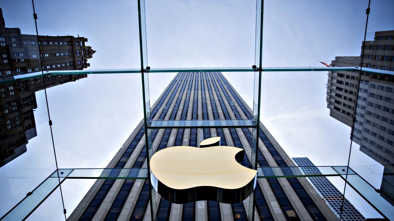 На Apple подали судебные иски за замедление работы iPhone