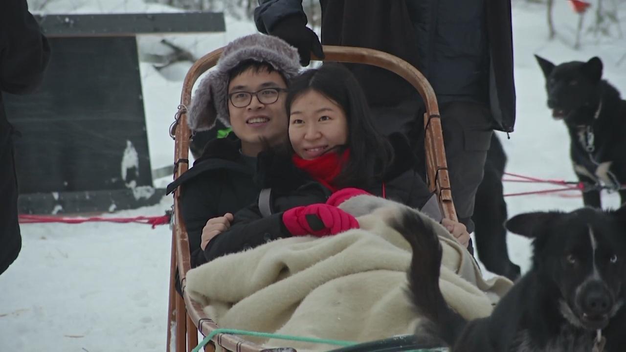 Азиатские туристы полюбили Лапландию