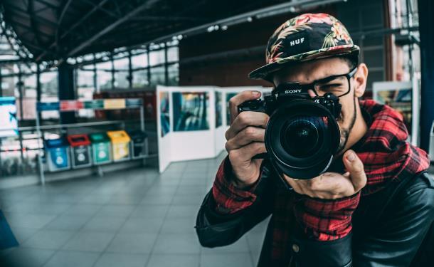 Опытные фотографы для съемок праздничных мероприятий от YouDo быстро и недорого