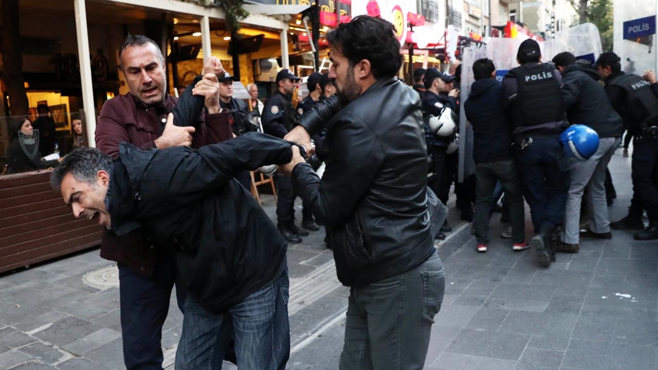 Турция продлит режим ЧП ещё на три месяца