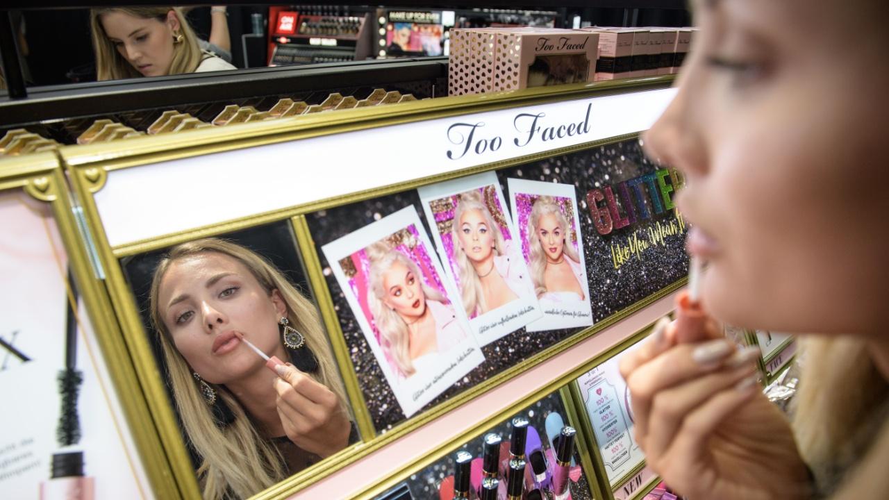 В Великобритании запретили косметику с пластиковыми микрошариками