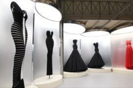 Платья легендарного Аззедина Алайи показали в Париже