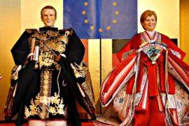 Куклы Меркель и Макрона в японских нарядах показали в Токио