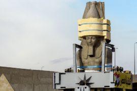83-тонную статую Рамзеса II перевезли к новому музею в Каире
