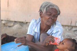 Гаитяне страдают от нехватки чистой воды