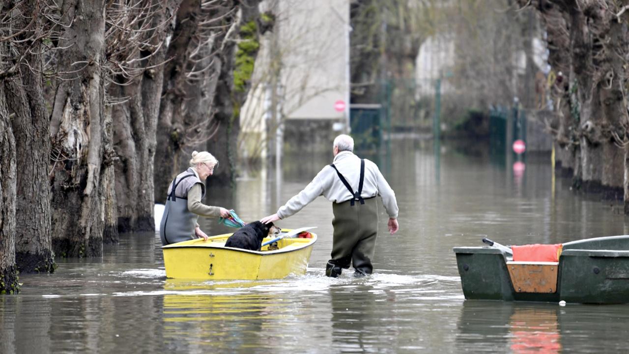 Наводнение под Парижем пошло на спад