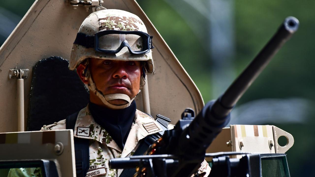 25 000 убийств за год: военные помогут полиции остановить насилие в Мексике