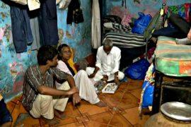 Новая услуга: в Мумбаи туристам предлагают пожить в трущобах