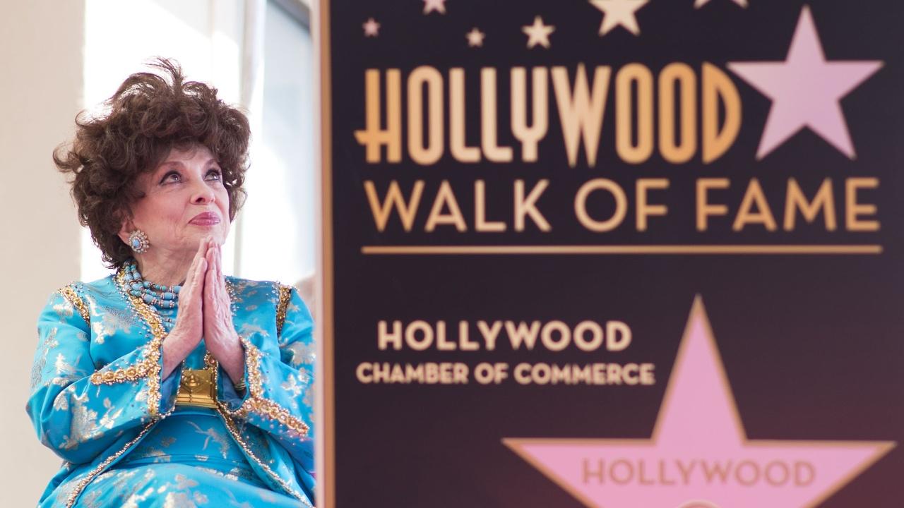 90-летняя Джина Лоллобриджида получила звезду на «Аллее славы»