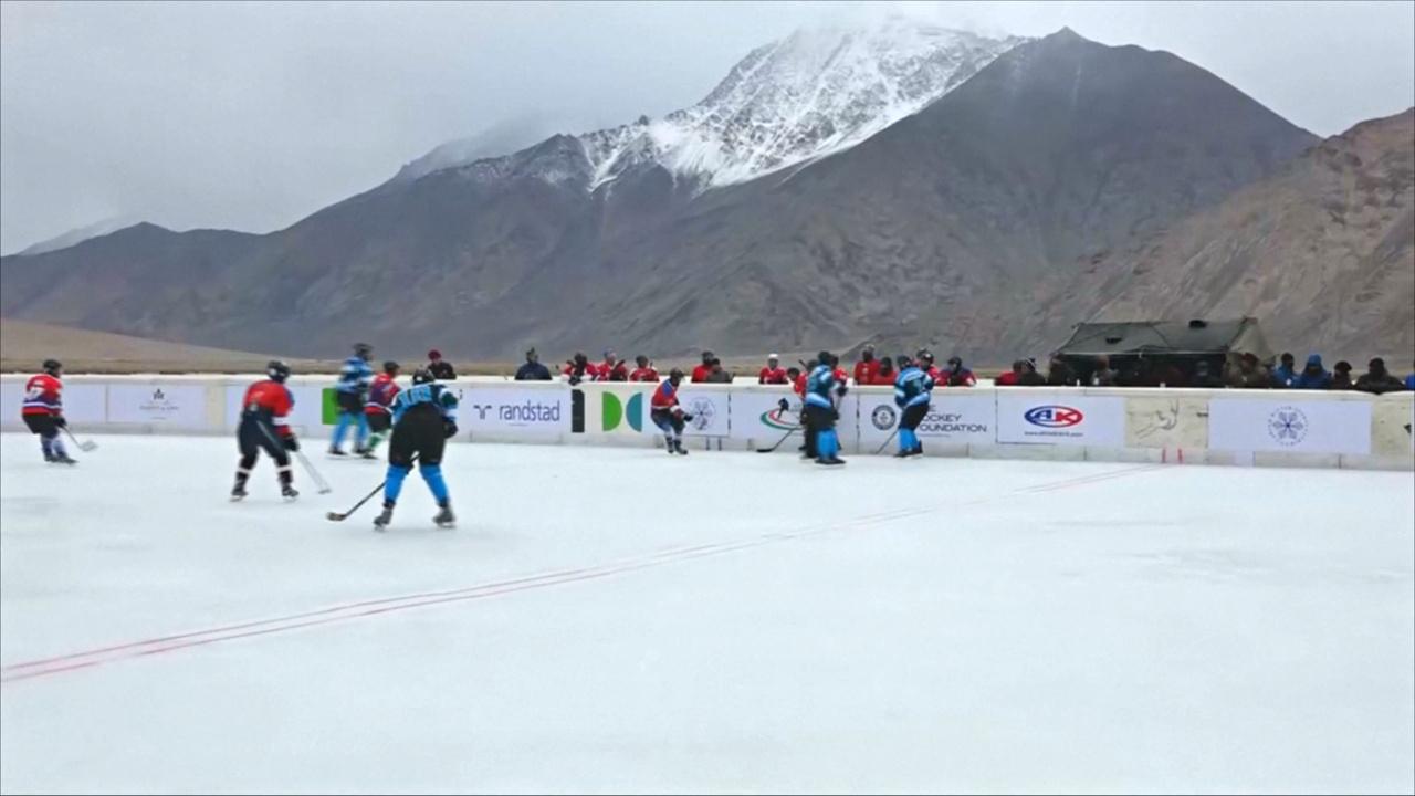 Рекорд по самой высокогорной игре в хоккей устанавливали в Индии