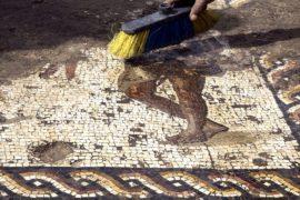 Искусно выложенную мозаику римского периода нашли в Израиле