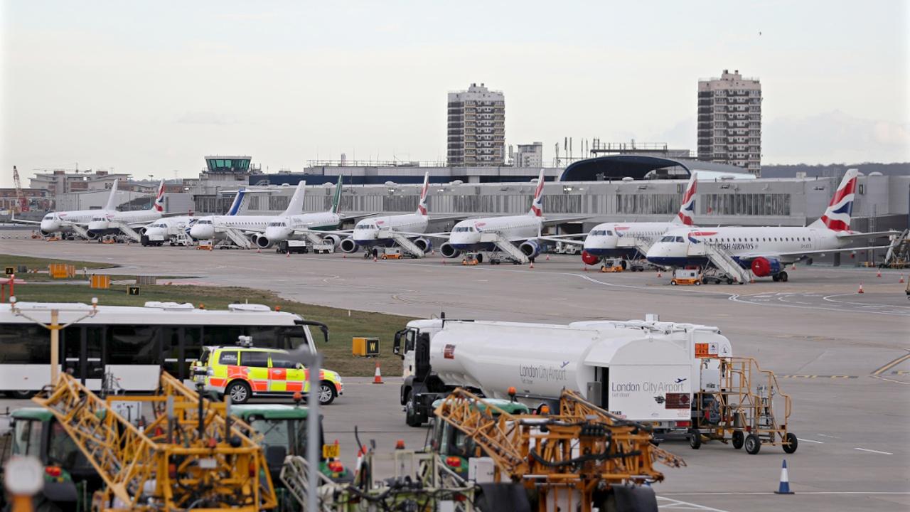 Лондонский аэропорт закрыли из-за бомбы времён войны