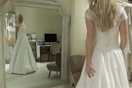 «Подружка невесты под прикрытием» следит, чтобы всё шло по плану