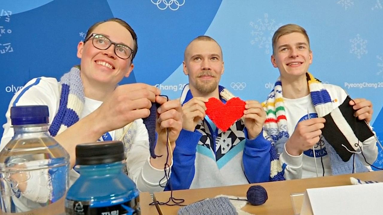Олимпиада в Пхёнчхане: вязание, летающие обломки и спорт