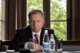 Министр финансов Латвии: глава Центробанка должен уйти с поста