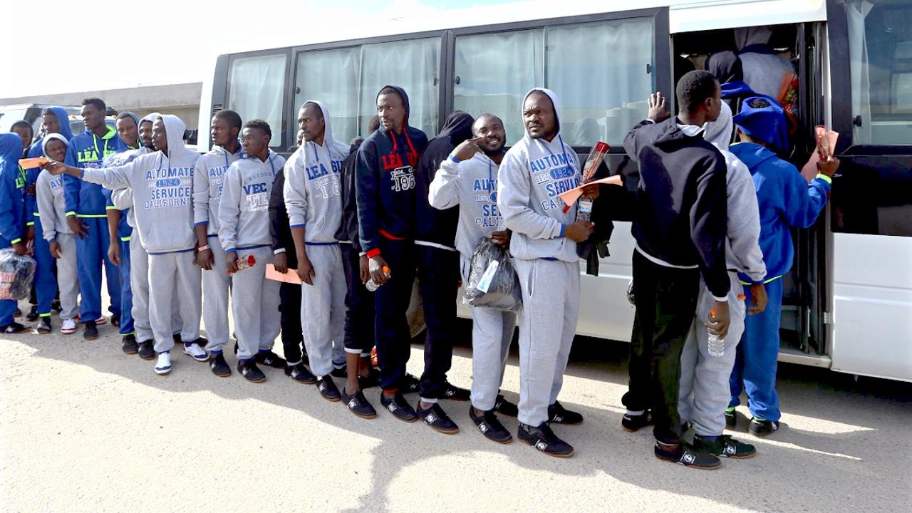 Из Ливии добровольно уехали 250 африканских мигрантов