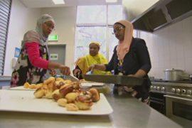 Африканским мигрантам в Австралии помогают найти работу