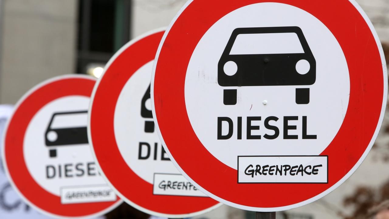 Немецкие мэры и министры хотят предотвратить запреты на дизельные авто
