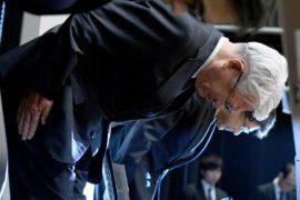 Глава японской Kobe Steel уходит с поста