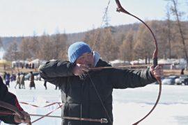 Ледовый фестиваль в Монголии: гонки на санях и стрельба из лука