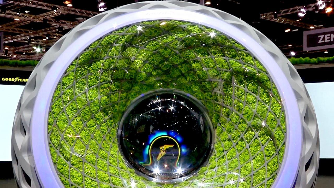 Женевский автосалон: «умная» шина с живым мхом