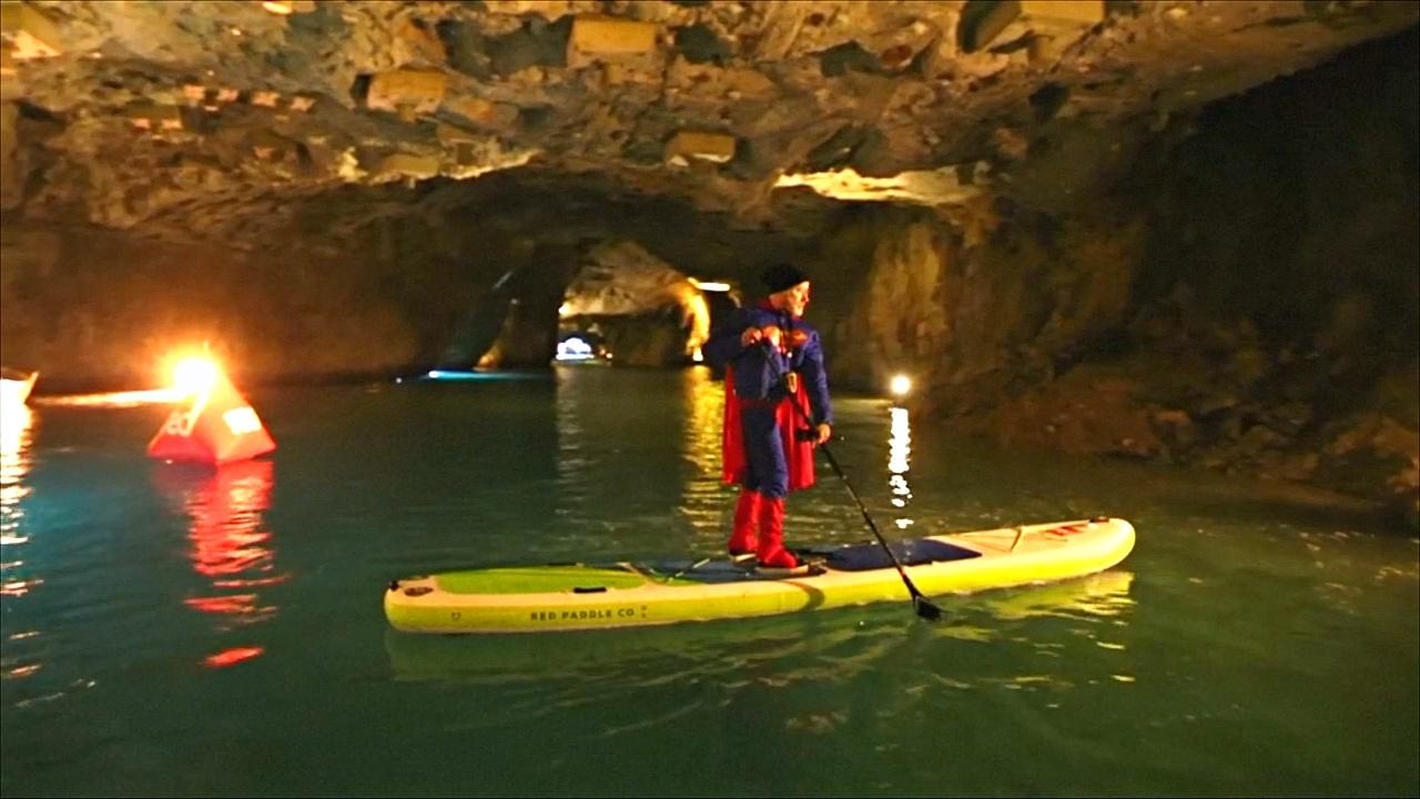 На крупнейшем подземном озере Европы соревновались сапсёрферы