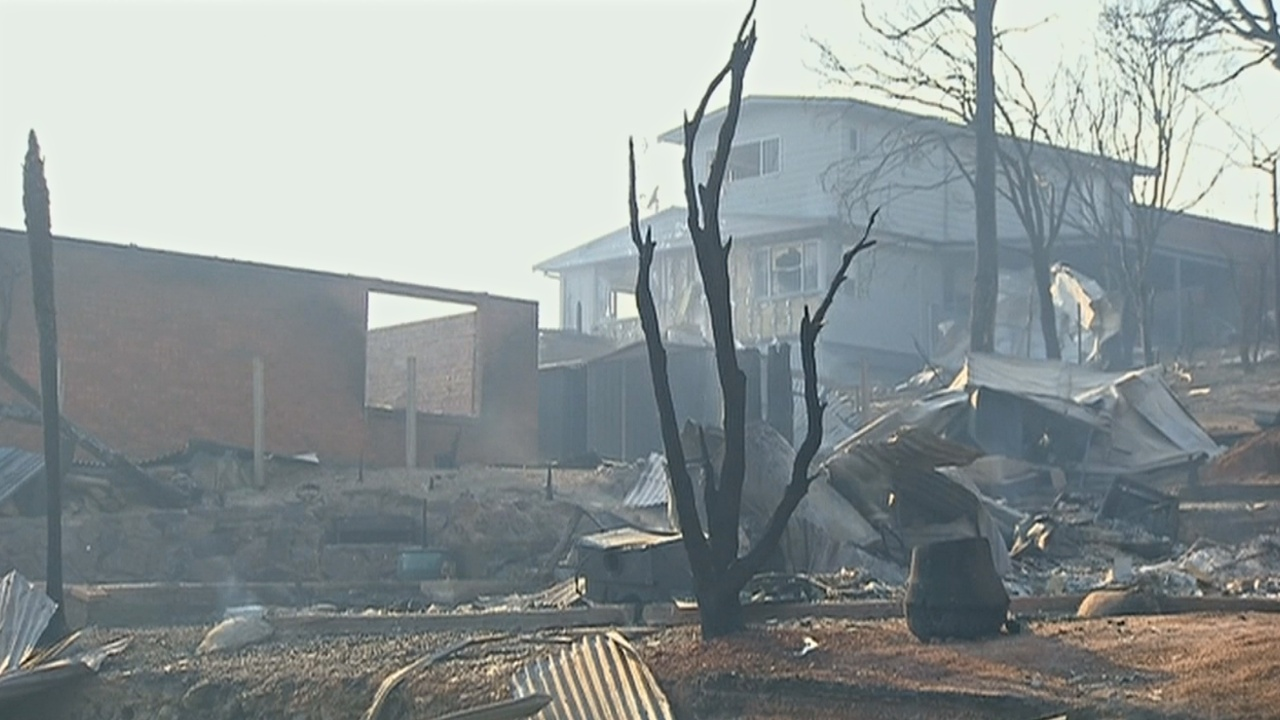Пожары в Австралии: в Татре сгорели десятки домов