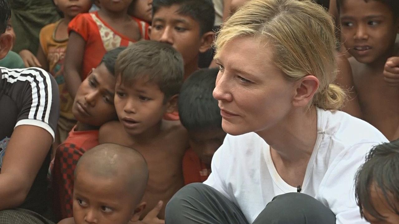 Кейт Бланшетт навестила беженцев-рохинджа
