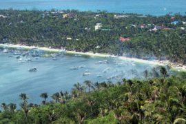 Остров Боракай закрывают для туристов из-за проблем с экологией