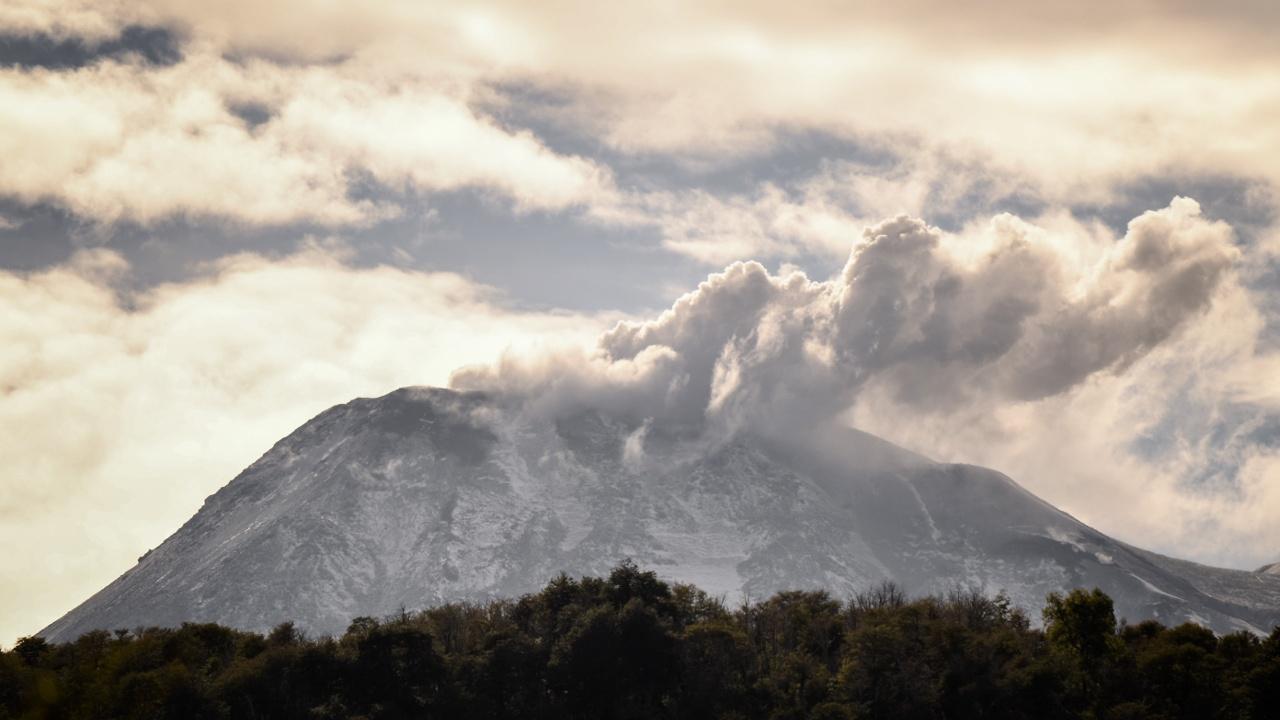 Чилийцев беспокоит вулкан Чильян