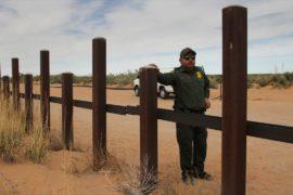 На границе США с Мексикой начали обновлять заграждение